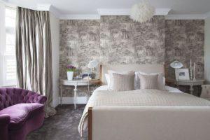 υπνοδωμάτιο κρεβάτι μοβ καναπές