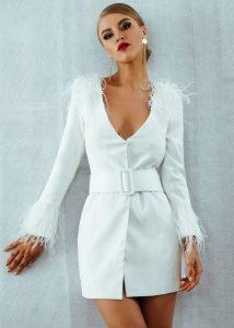 άσπρο μίνι φόρεμα με λίγα φτερά outfits φτερά Χριστούγεννα