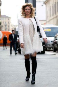 άσπρο παλτό με φτερά outfits φτερά Χριστούγεννα