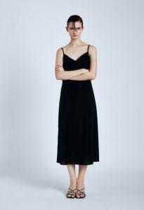 μαύρο βελούδινο φόρεμα τιραντό