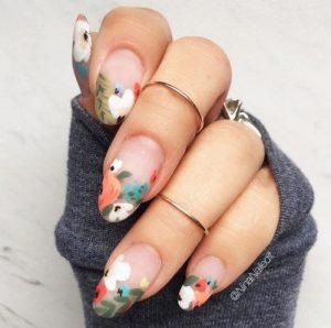 γαλλικό μανικιούρ με λουλούδια