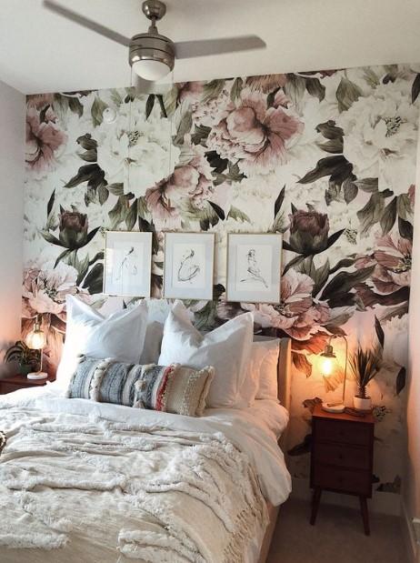 φλοράλ ταπετσαρία υπνοδωμάτιο