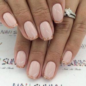 γαλλικό μανικιούρ ροζ glitter
