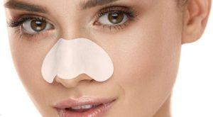 γυναίκα ταινία καθαρισμού μύτης