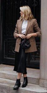 καουμπόικα μποτάκια ντύσιμο φούστα