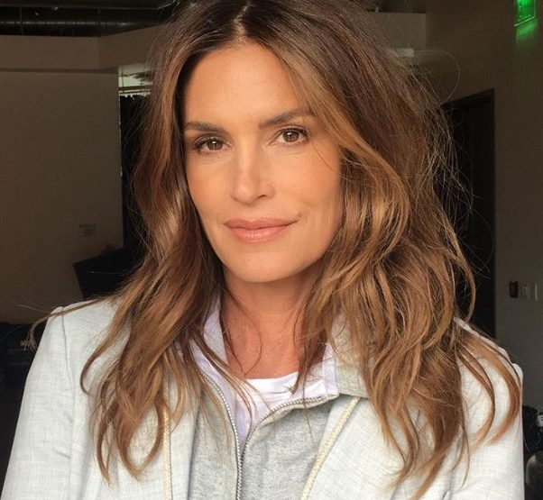 6 Tips στο μακιγιάζ για γυναίκες άνω των 40