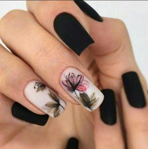ματ νύχια με λουλούδια