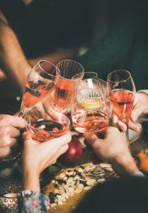 ποτήρια με αλκοόλ Χριστούγεννα
