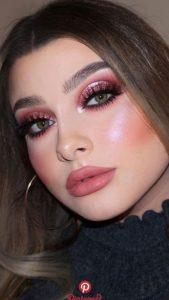 όμορφο ροζ μακιγιάζ