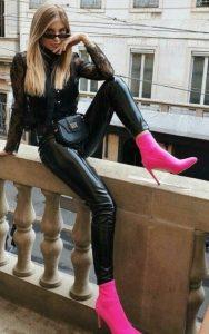 ροζ μποτάκια με τακούνι και κολάν