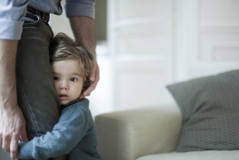 συμβουλές για ντροπαλά παιδιά