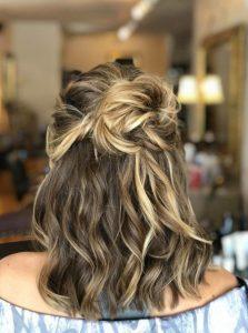 όμορφα χτενίσματα για κοντά μαλλιά