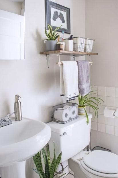 καθαρό και τακτοποιημένο μπάνιο περιμένεις φιλοξενούμενους