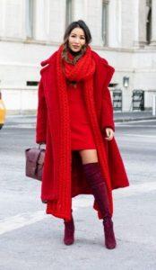 κόκκινο χειμερινό ντύσιμο με φόρεμα