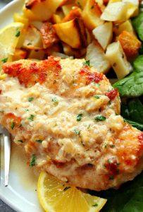 κοτόπουλο με σάλτσα από λεμόνι και σκόρδο