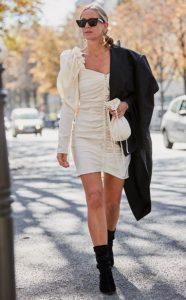 λευκό φόρεμα στις εκπτώσεις