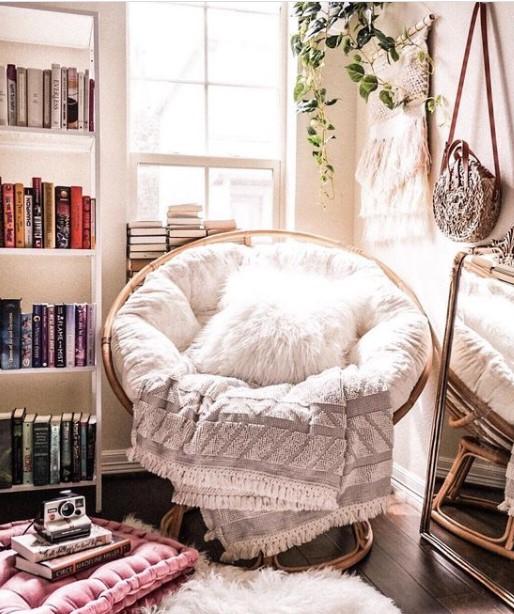 στρογγυλή πολυθρόνα γούνινο μαξιλάρι