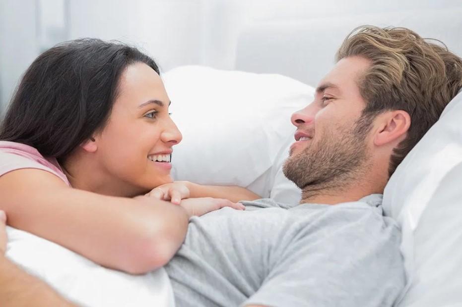 ζευγάρι σημάδια ότι είναι σοβαρή σχέση