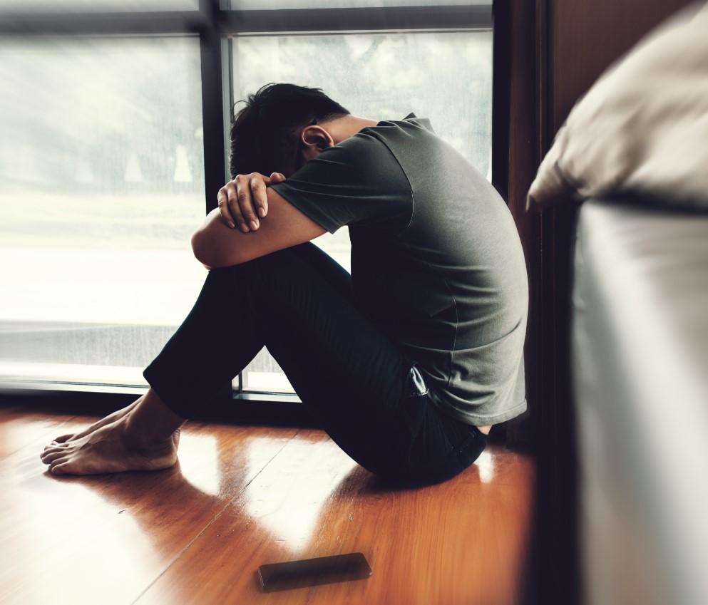 γιατί οι περισσότεροι νέοι είναι δυστιχιμένοι, υπερβολικές προσδοκίες και άγχος