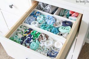 αποθήκευση ρούχων σε συρτάρι