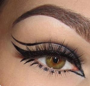 διπλό eyeliner