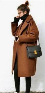 Καφέ παλτό μακρύ με μεγάλο γιακά