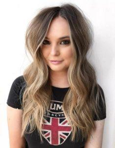 μπούκλες μακριά μαλλιά