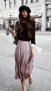 υπέροχο ντύσιμο με ροζ φούστα