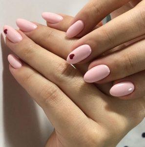 ροζ νύχια μ κόκκινες καρδούλες ανοιξιάτικα σχέδια νύχια