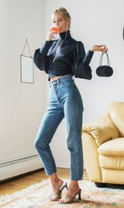 σατέν μπλούζα με τζιν