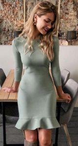 ανοιχτό παστέλ πράσινο φόρεμα