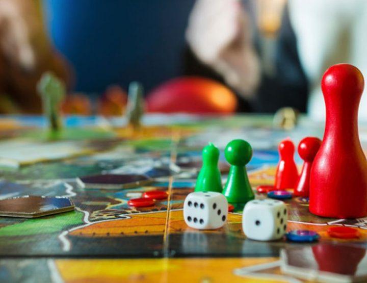 5 Επιτραπέζια παιχνίδια για διασκεδαστικό χρόνο στο σπίτι!