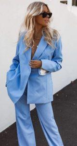 γαλάζιο γυναικείο κουστούμι