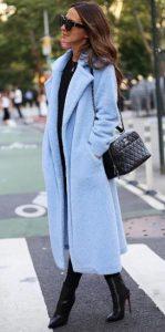 γαλάζιο γυναικείο παλτό