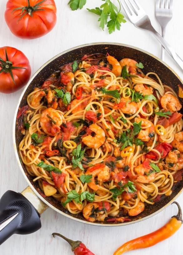 Νηστισιμες συνταγές με θαλασσινά, σπαγγέτι με γαρίδες