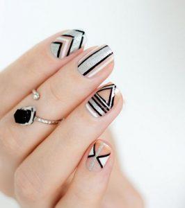 γεωμετρικά σχήματα στα νύχια