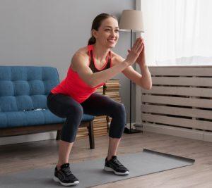 γυμναστική στο σπίτι με καθίσματα