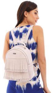 λευκή τσάντα πλάτης με κρόσσια
