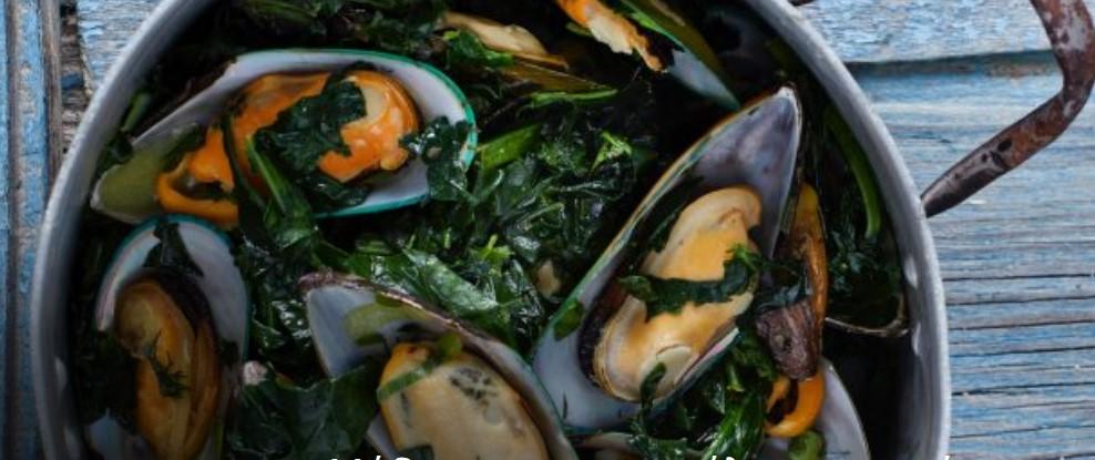 Νηστισιμες συνταγές με θαλασσινά, μυδια με σπανάκι