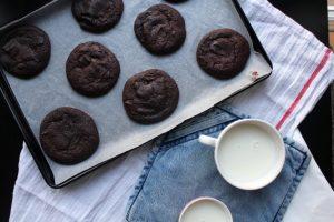 σοκολατένια μπισκότα συνταγή