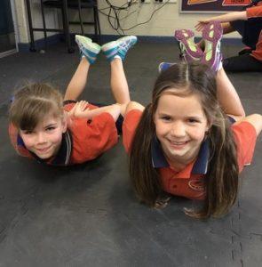 γυμναστικη στο σπιτι για παιδια