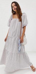 ριγέ φόρεμα με μεγάλα μανίκια