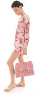 ροζ τσάντα χειρός casual ντύσιμο