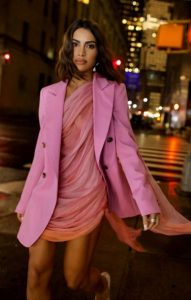 total ροζ ντύσιμο