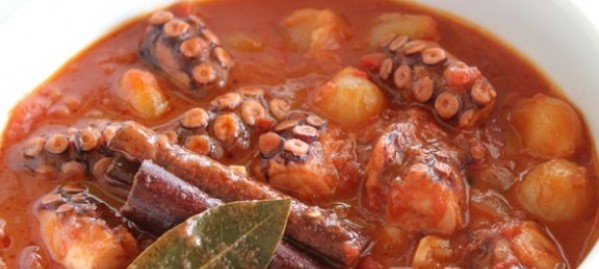 Νηστισιμες συνταγές με θαλασσινά, χταπόδι με μέλι