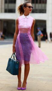 λευκο με ροζ και μοβ ρουχα