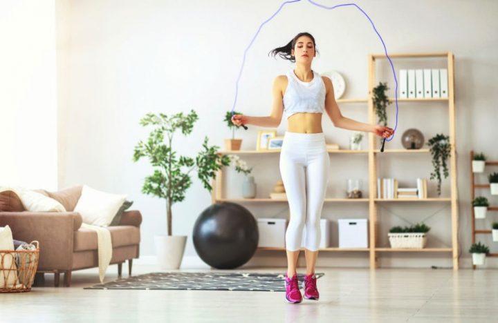 7 Αξεσουάρ γυμναστικής για να γυμναστείς σωστά στο σπίτι!