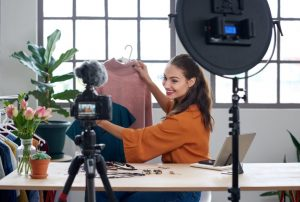 γύρισμα βίντεο με ρούχα
