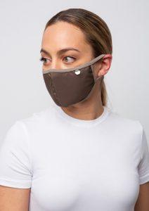 καφέ πλενόμενη μάσκα προσώπου