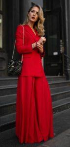κόκκινο ντύσιμο